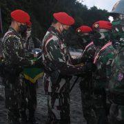 Danjen Kopassus Resmi Tutup Pendidikan Prajurit Komando Angkatan 105 di Cilacap